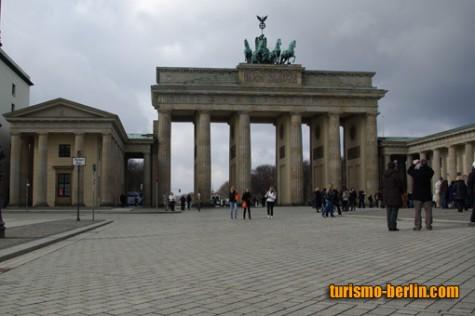 La Puerta de Brandeburgo (Brandenburger Tor)